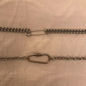 Brandy Melville chain bundle!!